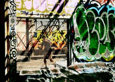Skateur en cage