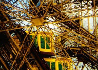 Tour Eiffel ascenseur bi-colors
